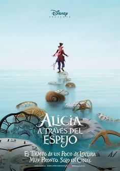 CINESCAPE | Blog | Primeros posters de 'Alicia en el País de las Maravillas: A través del Espejo'
