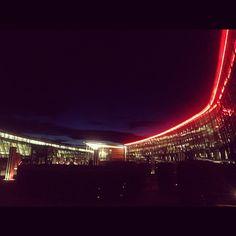 "Vakkert ""by night"". #Nightlight #onthego #foredragsliv #mybusinesslife"