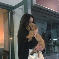 Find images and videos about dog, ulzzang and ullzang on We Heart It - the app to get lost in what you love. Ulzzang Korean Girl, Cute Korean Girl, Ulzzang Couple, Asian Girl, Uzzlang Girl, Girl And Dog, Korean Aesthetic, Aesthetic Girl, Girl Korea