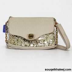 Fancy Beige - #Handbags!!! Make a style statement with carrying this beige coloured handbag only at affordable rates.