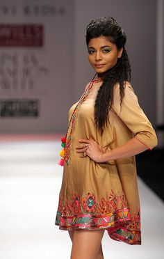 All sizes | WIFW SS'10 - Day 5 - Tanvi Kedia's Show | Flickr - Photo Sharing!