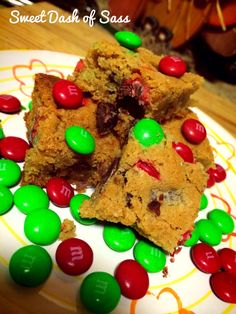 M&M Chocolate Chip Bars - www.SweetDashofSass.com - 25 Days of Christmas, Cookie Style