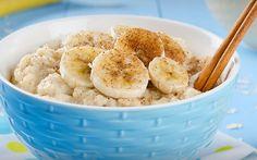 Banana com um mingau de aveia é uma boa combinação para o café da manhã, segundo especialista