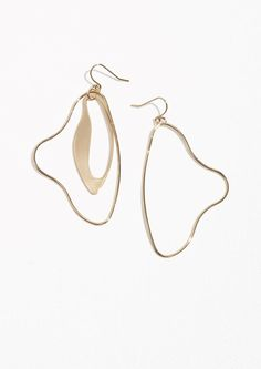 & Other Stories Sculptural Dangling Earrings in Gold