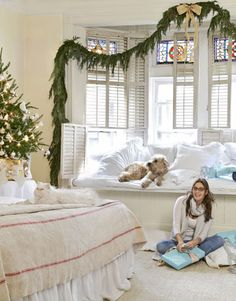 The interior design of a bedroom is the most common concern in every home design. The design of bedroom must … Christmas Bedroom, Cozy Christmas, Blue Christmas, Christmas Interiors, Vintage Christmas, Christmas Ideas, Bedroom Nook, Bedroom Themes, Bedroom Decor