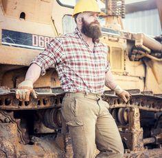 "kinky-beards: "" thyrsusbear: "" He's large and in charge. Just like His beard. "" 🔘 Kinky-Beards - The Kinkyest choice of Bearded men "" Scruffy Men, Hairy Men, Handsome Man, Short Beard, Big Beard, Awesome Beards, Bear Men, Beard Tattoo, Plaid Fashion"