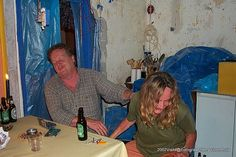 2002 Tijdens de verbouwing van mijn keuken kwamen visite langs ook Peter en Lenie en Guus hielp mij mee. During the renovation of my kitchen came along also visit Peter and Lenie and Guus helped me.
