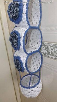 Aprenda a executar o porta papel higiênico em crochê com garrafa pet, parte 2 de 2, vídeo com legendas.