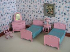 Vintage Tootsie Toy Metal Dollhouse Bedroom Furniture in Pink- Six Pieces in Half Scale