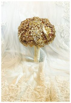 its crazy but I love it Gold Wedding Brooch Bouquet. Deposit on made to by NatalieKlestov Wedding Art, Gold Wedding, Wedding Flowers, Silver Weddings, Purple Wedding, Wedding Games For Guests, Funny Wedding Cake Toppers, Wedding Brooch Bouquets, Bridesmaid Bouquets