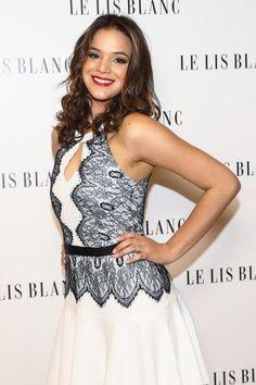 Bruna Marquezine brilha em evento fashion