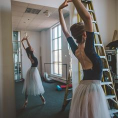 Ballet uploaded by andiszulics on We Heart It Dance Like No One Is Watching, Just Dance, Ballet Class, Ballet Dancers, Ballet Photography, Ballet Beautiful, Dance Photos, Balerina, Musical