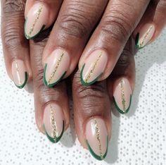 17 (Shamrock-Free) St. Patrick's Day Nail Designs