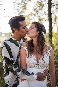 Bröllop Sibbo   BRÖLLOP Couple Photos, Couples, Wedding Dresses, Photography, Fashion, Pictures, Couple Shots, Bride Dresses, Moda