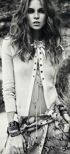 """Safari Lady vs Wild"" Lys Inger by Xavi Gordo for Elle Spain April 2013"