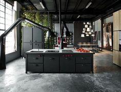 Minacciolo zwarte stalen keuken