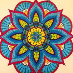 Resultado de imagem para mandalas coloridas