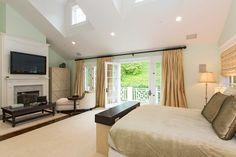 Une chambre de la luxueuse villa de Los Angeles de Sarah Michelle Gellar.
