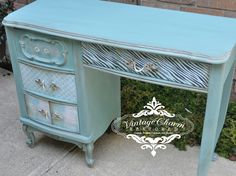 Decoupage Drawers on Vintage Charm Restored...an amazingly BEAUTIFUL SITE FULL OF EYE CANDY FURNITURE!!!  Annie Sloan Provence modge podge