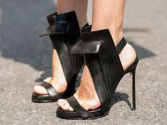 Street Style at Spring 2014 Fashion Week - NYFW Street Style Pictures - Marie Claire #shoesanonymous