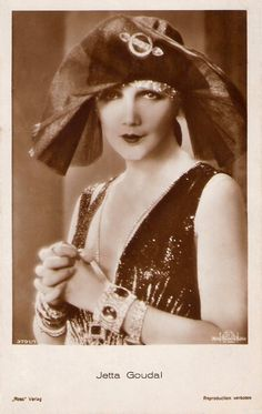 Jetta Goudal: 1929 ( July 1891 – January was a Dutch-born American actress, successful in Hollywood films of the silent film era. Josephine Baker, Louise Brooks, Marlene Dietrich, Hollywood Celebrities, In Hollywood, Classic Hollywood, Hollywood Glamour, Hollywood Actresses, Art Deco Fashion