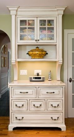 Repurpose old cabinets into kitchen hutch?? Another idea