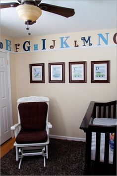 I love this idea! :). Very cute nursery idea, and even works as the baby grows up.