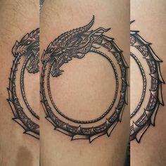 Tattooed an Ouroboros today #ouroboros #tattoo #tattooasylum #dragon #blackandgreytattoo #tattoosofadelaide #ink #inkjecta #electrumstencilprimer #adelaide #greywash #ouroborostattoo