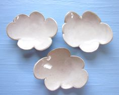 Ohoooh. Cloud dishes. Nice.