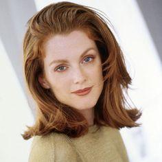 Julianne Moore 1993 - I love this haircut