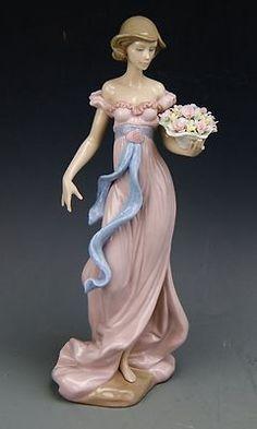 Lladro Porcelain Figurines For Sale » M-0320 Lladro Porcelain Spring Flirtation Figurine 6365 / Broken Finger
