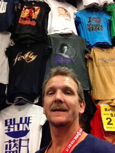 Look who's above Sebastian's head. (And there's a firefly shirt. Squee!)