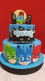 PATHALMA :  Patricia y Pablo: Torta héroes en pijamas, PJ Masks Pj Masks Birthday Cake, 4th Birthday Cakes, 4th Birthday Parties, Blaze Cakes, Pjmask Party, Festa Pj Masks, Fake Cake, Disney Cakes, Fondant Figures