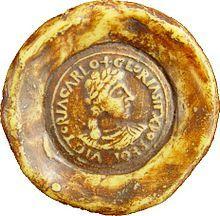 Seal of Charles the Bald, Emperor of the Romans. After the death of Lothar II of Lorraine, Charles was crowned as the King of Lorraine September 9, 869, in Metz by Archbishop HINCMAN REIMS. // Sceau de Charles II le Chauve, empereur des romains. - CHARLES LE CHAUVE, 7) ROI DE LOTHARINGIE (869) puis empereur (875), 1:Après la mort de LOTHAIRE II de LOTHARINGIE, Charles est couronné roi de Lotharingie le 9 septembre 869 à Metz par l'archevêque HINCMAN DE REIMS,