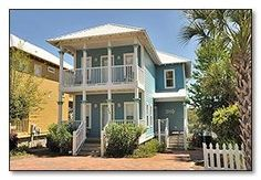 Santa Rosa Beach, FL: Blue Water Cottage is a new, non-smoking, cottage-style home with four bedrooms and three bathrooms. It comfortably sleeps eight on two levels. Tastef...