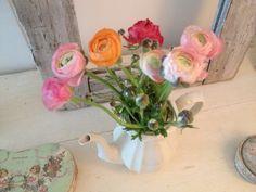 Homes, Vase, Home Decor, Houses, Decoration Home, Room Decor, Home, Vases, Home Interior Design