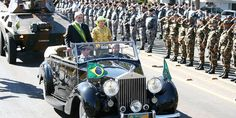 President Lula at Independence Day commemorations (2007) - 1952 Rolls-Royce Silver Wraith