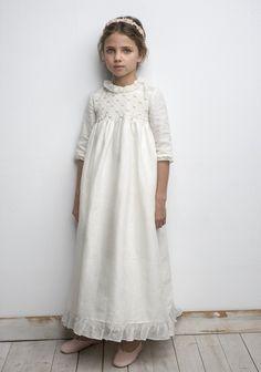 Cute Girl Dresses, Little Girl Dresses, Flower Girl Dresses, Première Communion, Holy Communion Dresses, Toddler Girl Outfits, Kids Outfits, Little Girl Fashion, Kids Fashion