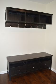 Bench Storage with Coat Rack for small spaces.... cheap and easy, must pin !!!