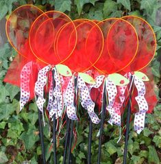 Cute idea to add ribbon to nets Picnic Birthday, May Birthday, Birthday Party Favors, Birthday Party Decorations, Birthday Parties, Birthday Ideas, Ladybug Picnic, Ladybug Party, Ladybug 1st Birthdays