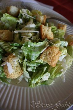 C ae s ar Salad is a big favorite at StoneGable. It is served for lunch or dinner at least once or twice a week. Salad Bar, Soup And Salad, Fresco, Sauces, Great Recipes, Dinner Recipes, Favorite Recipes, Ceasar Salad, Best Pasta Salad