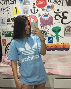 ─✧ follow for more´- ೄ . ✩* ೃ . ─✧ plim´- ೄ . ✩* ೃ . @anathecreatorr Urban Outfits, Outfits For Teens, Cute Outfits, Love Fashion, Fashion Outfits, Graffiti, Adidas Outfit, Barbie, Foto Pose