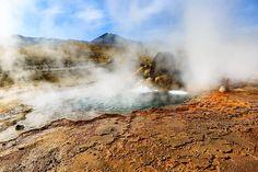 Um dos lugares incríveis que visitamos no Atacama foi Geisers del Tatio. Contamos tudo sobre esse passeio no post de hoje. Passa lá pra ver: http://ift.tt/1ic9Rtc #NerdsNoAtacama