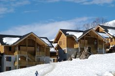 Wintersport in Albiez Montrond: Les Chalets du Hameau des Aiguilles