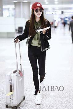 Asian Street Style, Korean Street Fashion, Korea Fashion, Asian Style, Girl Fashion, Fashion Outfits, Angelababy, Chinese Actress, Kpop Outfits