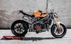 Doud Maquina Ducati 848 racer