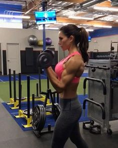 """18.1k Likes, 214 Comments - Alexia Clark (@alexia_clark) on Instagram: """"Cable circuit 1. 15 each side 2. 12 each side 3. 15 each side 4. 15 reps 3-4 rounds…"""""""