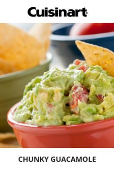 This recipe is an add-on for Dos Caminos' traditional guacamole recipe. You can also try their chipotle-goat cheese guacamole. Salsa Guacamole, Fresh Guacamole, Avocado Dip, Homemade Guacamole, Clean Eating Snacks, Healthy Snacks, Healthy Recipes, Healthy Fats, Smart Snacks