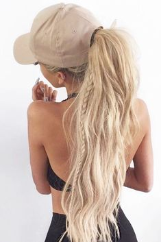 Best Sporty Ponytail Hairstyles for Your Workout Routine ★ See more: lovehairs… Braided Ponytail Hairstyles, Hat Hairstyles, Ponytail Ideas, Layered Hairstyles, Hairstyle Ideas, Hairstyle Tutorials, Updo Casual, Yoga Fitness, Sporty Ponytail