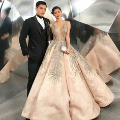 Kim Chiu | Xian Lim | KimXi |   Star Magic Ball 2017 | 093017 | Royal Couple  King Lim and Queen Chiu   @chinitaprincess @xianlimm   @Regranned from @michaelleyva_ -  @chinitaprincess in #michaelleyva for #starmagicball2017 ❤️❤️❤️ styled by: @pattyyap make up by: @jakegalvez ❤️❤️❤️ #michaelleyvamanila hair by: @rjdelacruz